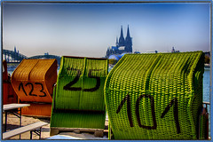 Beach feeling in Cologne on the Rhine.... (scorpion (13)) Tags: beach baskets cologne cathedral hohenzollern bridge rhine nature park stroll break with great beer relax sun strandfeeling deutz view old town