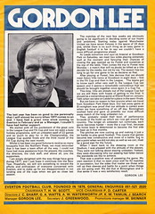 Everton vs Manchester United - 1977 - Page 5 (The Sky Strikers) Tags: everton manchester united football league divsion one goodison park programme 15p