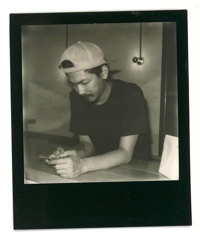 佬. #Polaroid #slr680 #blackandwhite #blackandwhitefilm #signlesscafe  #friends #friend #signless #filmphotography #filmphotographic. #meaninglessart #canton #citylife #city #life #impossible #廣州 #広州 #寶麗來 #無謂藝術 #無牌咖啡