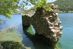 Old Ruins On The Man-Made  Lake Doxa. (Κώστας Καϊσίδης) Tags: lake lakedoxa outdoor nature feneos corinthia greece ruins manmadelake