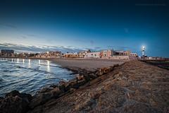 El Faro de Rota. (Javier Martinez de la Ossa) Tags: andalucía anochecer cádiz españa faro horaazul javiermartinezdelaossa ocaso playa puestadesol rota sunset