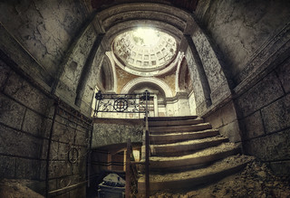 Mausoleum 21