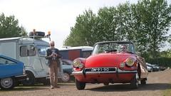 Citroën DS 19 Décapotable (Skylark92) Tags: nederland netherlands holland noordholland vijfhuizen expo centrum haarlemmermeer expositie expose citromobile 2017 citroën event evenement ds 19 cabriolet decapotable rouge rood red 1965 car
