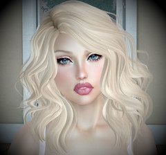 Blondie's back! 😉 (αиα ¢αραℓιиι) Tags: secondlife truthhair pinkfuel catwa