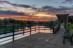 Ciel (pi3rreo) Tags: ciel sky bry marne paris soir soleil sun sunset extérieur fujifilm fujinon xe2 couleurs red rouge orange nature fleuve eau nuages clouds