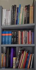 Giuseppe (Colombaie) Tags: ritratti ritratto librario libri libraria giuseppe vitorchiano letture leggere flickraward
