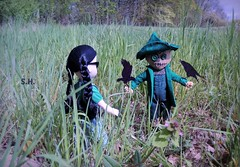 'If I only had a Brain, i could naughty Birdies tame.' (pianocats16, miau...) Tags: scarecrow oz living dead dolls mezcotoyz dorothy variant series emerald city meadow field