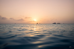 PARADISE (Jhonny Peralta) Tags: atardecer fotografia photography photographer ejwottoja marcaribe mar aruba canon5d canon canonphotography rayosdesol shooting paisaje paradise
