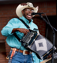 2017 Jeffery Broussard Creole Cowboys, Fest International, Lafayette, Apr 30-7373 (cajunzydecophotos) Tags: jefferybroussardandthecreolecowboys festivalinternational festivalinternationaldelouisiane lafayette 2017 jefferybroussard