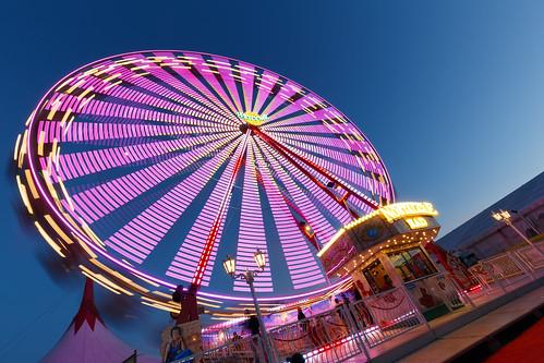 Ferris wheel while blue hour