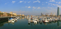 Souq Sharq shopping mall and marina in Kuwait City (Frans.Sellies) Tags: img53805382stitch kuwait kuweit الكويت panorama