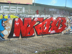 258 (en-ri) Tags: morbo orma rosso firenze wall muro graffiti writing