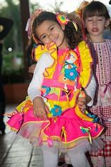 1351 (adriana.comelli) Tags: festa junina coletinhos gravatas vestidos trajes menino menina cabelo junino bandeirinhas fogueira roupas adulto jardineira cachecol