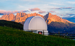 Waiting for the right time (Peter Drach (aka PeteDragomir)) Tags: max valier observatory nikon scene alpenglow glow mountain