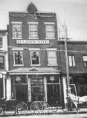 The Original Huntington Hardware (en tee gee) Tags: hardwarestore old 1880 huntington ny