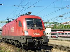 ÖBB 1116 144 (boti_marton) Tags: öbb 1116 class1116 siemens locomotive taurus es64u2 eurosprinter train transport trainstation vienna wien bécs wienwestbahnhof city cityscape austria ausztria österreich europa panasonic dmc lz20 lumix
