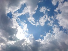 Clouds and Rays (rawiinyo) Tags: cloud 雲
