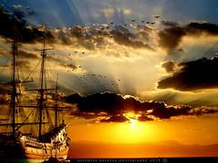 Sunset in karibia (artemioskaravas) Tags: sun shadow sunset sunny sky sea clouds cloudscape seaside seascape boat color birds