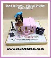 Travel Cake #travel # #designercake #delhi #fondant #themed #newdelhi # #suitcase #birthday #newdelhi #southdelhi (Cake Central-Design Studio) Tags: firstbrthday designercake delhi fondant themed kidscake