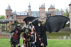 castle creatures (Mattijsje) Tags: elfia de haar haarzuilens holland fantasy fair castle kasteel
