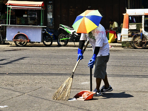 Cleaning Up by Beegee49, on Flickr