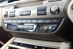 Lexus-ES-300h-Interiors (23)