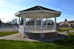 Fort Macleod Bandstand (Bracus Triticum) Tags: fort macleod bandstand 11月 十一月 霜月 jūichigatsu shimotsuki frostmonth autumn fall 平成28年 2016 november アルバータ州 alberta canada カナダ