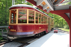 TTC streetcar 2894 (rear view) (Can Pac Swire) Tags: halton county co radial railway museum openair working rockwood milton ontario canada canadian 13629 guelphline 2016aimg3864 meadowvale station stop 47 shelter old historical historic restored preserved 2894