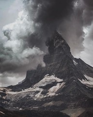 Two years ago the Matterhorn presented itself in a pretty dramatic scenery. Check our blog for a much nicer view of the most favourite mountain of the world. Link in Bio. #Zermatt #Matterhorn #tobleronemountain #matterhorny @zermatt.matterhorn #visitswitz (boris.baldinger) Tags: instagramapp square squareformat iphoneography uploaded:by=instagram lofi