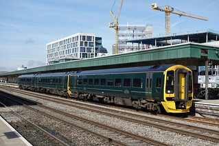 158956 at Cardiff Central. 3/4/17