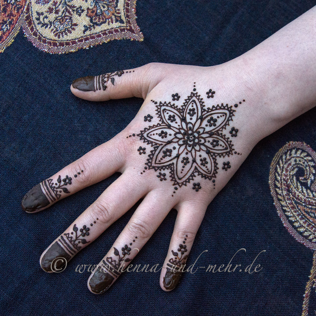 the world 39 s best photos of henna and mehandi flickr hive. Black Bedroom Furniture Sets. Home Design Ideas