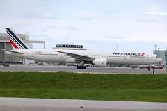 Air France F-GZNL (shumi2008) Tags: boeing 777 airfrance b77w 777300er torontopearson toronto cyyz yyz