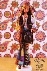 Barbie Peace & Love - 2000 - Mattel (Juliene Ferraz Lomasso Fotografias) Tags: antiguidades antique bambola bonecas brinquedos coleçãojuferrazlomasso collections doll fotografias giocattoli jouets juguetes muñecas photoscoleções poupées toys