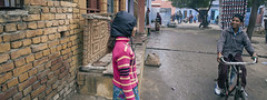 ஆக்ரா (Kals Pics) Tags: cwc chennaiweekendclickers roi rootsofindia agra uttarpradesh india life people travel neighbours friends girl boy man woman happiness bicycle ride communication vehicle streetlife kalspics