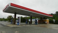 Exxon (closed) (RetailByRyan95) Tags: exxon bp abandoned dead empty former closed old vacant newportnews va virginia