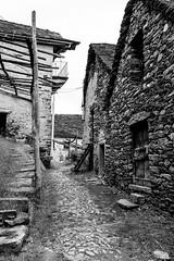 Anzuno (..Jan.) Tags: anzuno italien alpen deserted mountain village alps bnw black white ghost town alpendorf bergdorf steinhaus stone house domodossola ossola tal italy piemont valley
