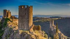 Vue sur les Pyrénées depuis les châteaux de Lastours (Shoot Enraw) Tags: randonnée 18200mmf3556 châteaux groupephoto aude lastours nature