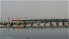 12968 Jaipur-Chennai SF express.. (Gautham Karthik) Tags: train indianrailways railroad electriclocomotive wap4 ennorecreek bridge trainspotting jaipur chennaiexpress reflection
