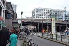 2017_Berlin_5492 (emzepe) Tags: 2017 május tavasz germany alemagne deutschland németország saksa berlin vasút railway eisenbahn állomás vasútállomás bahnhof gara gare station nádraží stanica
