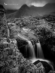 Féerie, Fairy Pools (#ferretmonamour) Tags: ruisseau pose longue montagne ecosse scotland nb filter filtre nd1000