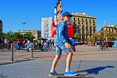 Barcelona Streetphoto 2017 Buyun (17) (Buyun_Bcn) Tags: bcn barcelona skate skater blue people streetphoto street photostreet buyun city europe catalonia catalunya