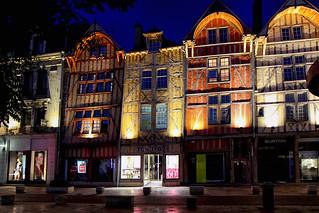 Troyes en nocturne