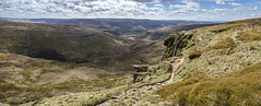 Crowden from Laddow rocks (Keartona) Tags: laddowrocks crowden derbyshire england hills pennines pennineway footpath path valley moors moorland panorama panoramic landscape peakdistrict spring day sunny