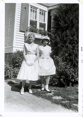 Sunday best mom (haunted snowfort) Tags: sundaybest mother aunt mom joanne barbara barbararichardson joannerichardson richardson vintage classic antique oldphoto oldfamilyphoto beamsville ontario niagara canada lincoln 44eastavenue aug57 1957
