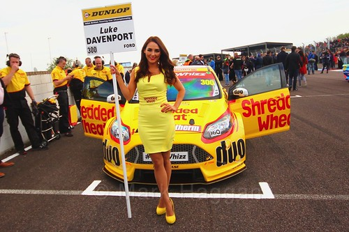Luke Davenport on the grid before race one at the Thruxton BTCC round, May 2017