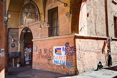 Le scuderie (tullio dainese) Tags: 2017 bologna città city muro muri wall walls