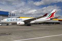 CS-TFZ 12052017 (Tristar1011) Tags: ebbr bru brusselsairport hifly srilankan srilankanairlines airbus a330200 a332 cstfz 4rals