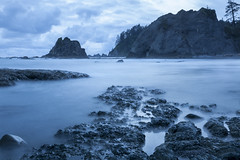 Twilight at Hole-in-the-Wall (roe.nate) Tags: beach shore coast ocean sea pacific seashore longexposure landscape washington rock stone water seastack stack olympic