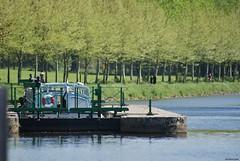 Josselin - L'Oust (Aurél) Tags: josselin loust rivière nature bretagne péniche