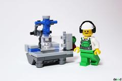 Laser machine (Devid VII) Tags: laser machine devid devidvii moc lego minifig city company